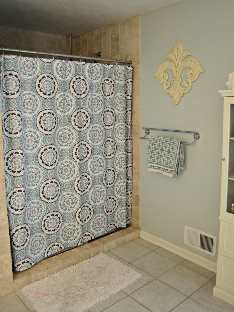 2013 august chernee 39 s house - Target bathroom shower curtain sets ...