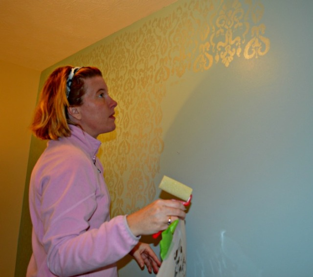 Chernee stenciling upstairs hall web