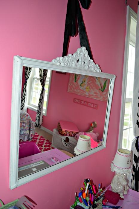 Emma's mirror web