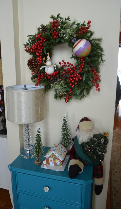Gingerbread table in the entrace