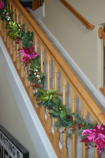Staircase garland 2013 web