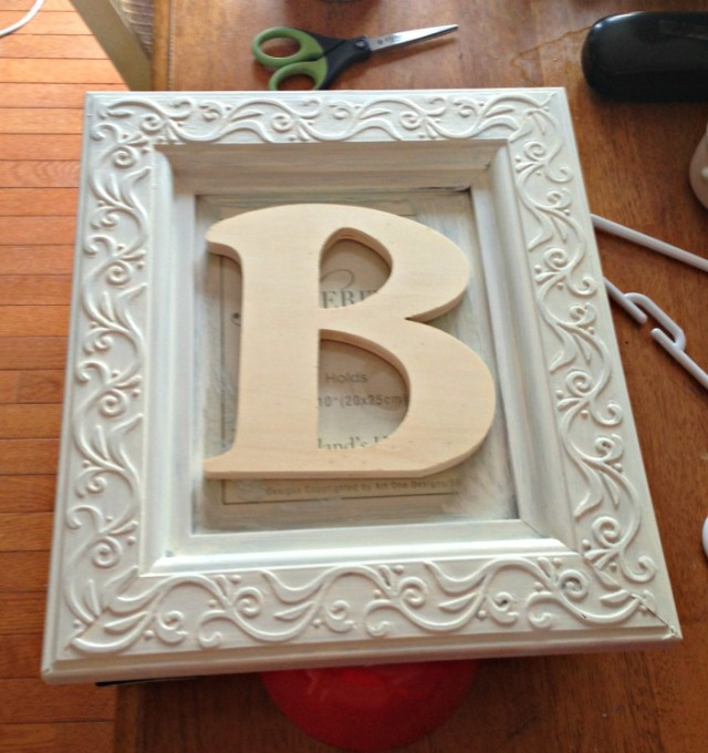 Frame painted B still unpainted