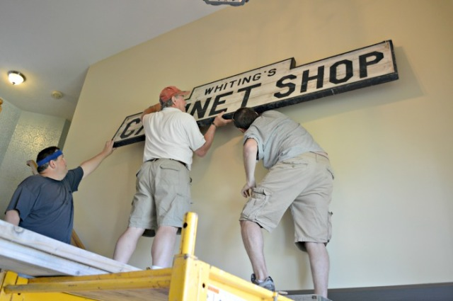 Hanging the sign on the wall